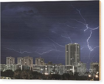 Lightning Bolt In Sky Wood Print by Blink Images