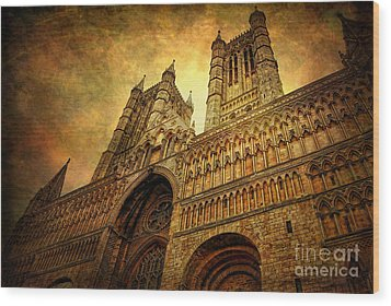 Lincoln Cathedral Wood Print by Yhun Suarez