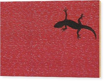 Little Lizard Wood Print by Hidayat Mercado