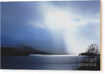 Loch Awe - Hdr Wood Print by David Grant