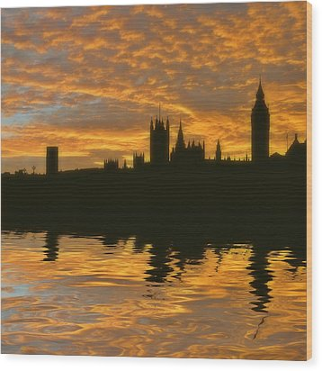 London's Burning Wood Print by Sharon Lisa Clarke