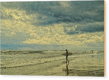 Lone Surfer Wood Print by Barbara Middleton