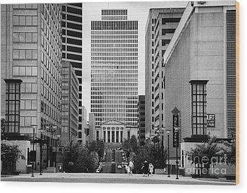 Looking Up Deaderick Street Towards War Memorial Plaza And The William Snodgrass Tennessee Tower Wood Print by Joe Fox