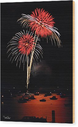 Lopez Island Fireworks 3 Wood Print by David Salter