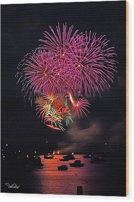 Lopez Island Fireworks 4 Wood Print by David Salter