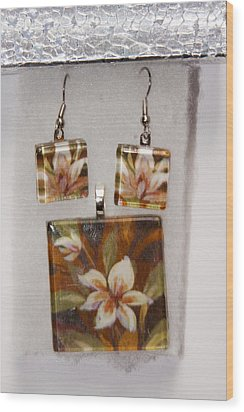 Wood Print featuring the jewelry Lotus Flower Pendant And Earring Set by Darleen Stry