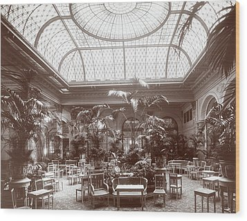 Lounge At The Plaza Hotel Wood Print by Henry Janeway Hardenbergh