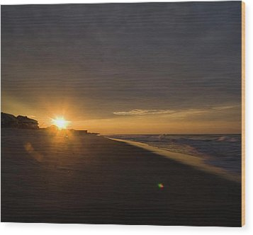 Low Ceiling - Holden Beach Wood Print