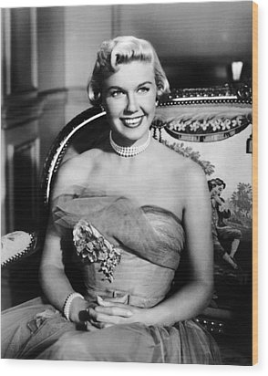 Lullaby Of Broadway, Doris Day, 1951 Wood Print by Everett