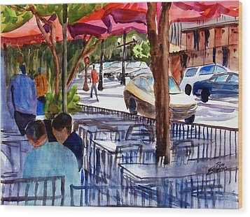 Lunch Alfresco Wood Print by Ron Stephens