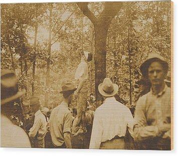 Lynching Of Leo Frank 1884-1915 Wood Print by Everett