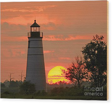 Wood Print featuring the photograph Madisonville Lighthouse Sunset by Luana K Perez