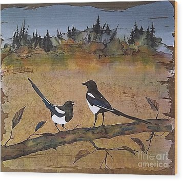 Magpies In The Last Of Autumns Leaves Wood Print by Carolyn Doe
