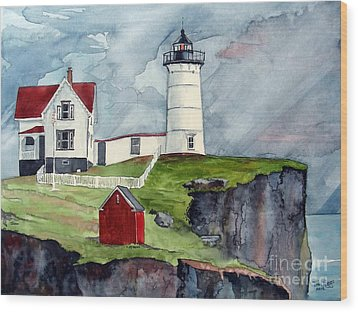 Wood Print featuring the painting Maine Lighthouse by Tom Riggs