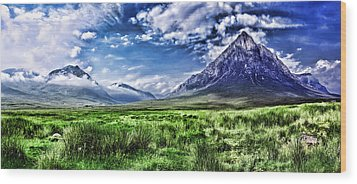 Majestic Highlands Wood Print by Wendy White