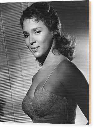 Malaga, Dorothy Dandridge, 1960 Wood Print by Everett