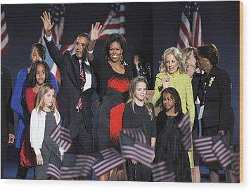 Malia Obama, U.s. President Elect Wood Print by Everett