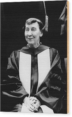 Mamie Eisenhower, Widow Of President Wood Print by Everett