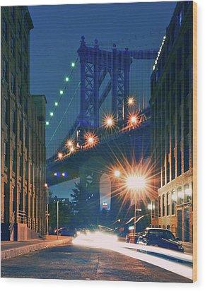 Manhattan Bridge Wood Print by Thomas Kurmeier