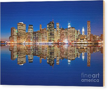 Wood Print featuring the photograph Manhattan by Luciano Mortula