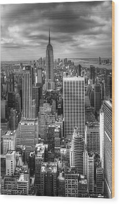 Manhattan01 Wood Print by Svetlana Sewell