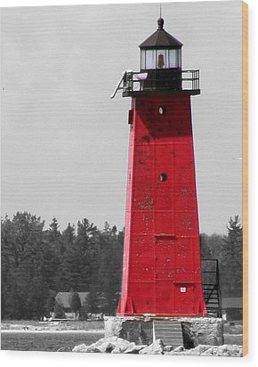 Wood Print featuring the photograph Manistique East Breakwater Light With Selective Color by Mark J Seefeldt