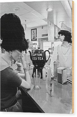 Mannequins At Peggy Sues 50's Diner Wood Print by Julie Niemela