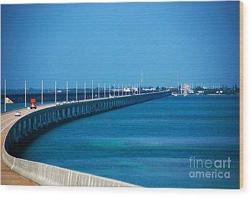 Marathon And The 7mile Bridge In The Florida Keys Wood Print by Susanne Van Hulst
