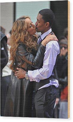 Mariah Carey, Nick Cannon At Talk Show Wood Print by Everett