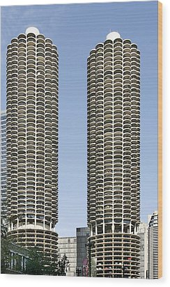 Marina City Chicago - Life In A Corn Cob Wood Print by Christine Till