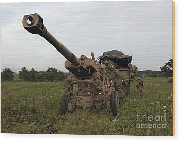 Marines Set Up A M198 155mm Howitzer Wood Print by Stocktrek Images