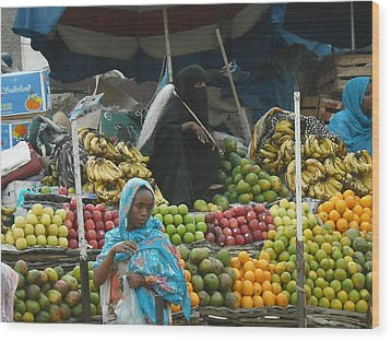 Market Of Djibuti-2 Wood Print by Jenny Senra Pampin