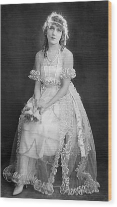Mary Pickford In Her Wedding Dress, 1920 Wood Print by Everett