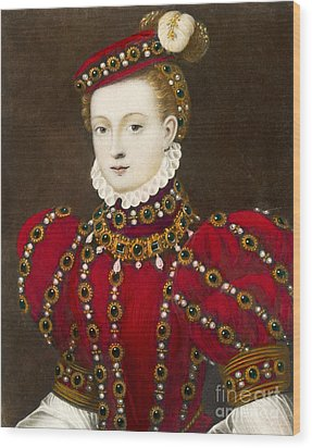 Mary Queen Of Scots Wood Print by Mary Evans Picture Library and Photo Researchers