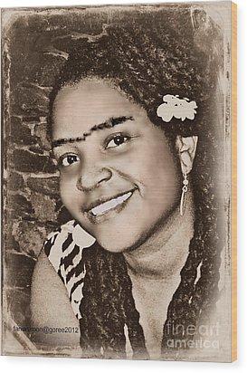 Me As Frida Wood Print by Fania Simon