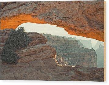 Mesa Arch Wood Print by Andrew Soundarajan