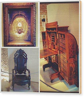 Mi Visita Al Museo Del Bicentenario!! Wood Print by Pablo Grippo