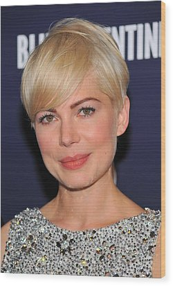Michelle Williams At Arrivals For Blue Wood Print by Everett