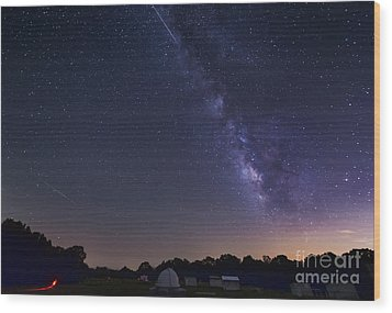 Milky Way And Perseid Meteor Shower Wood Print by John Davis
