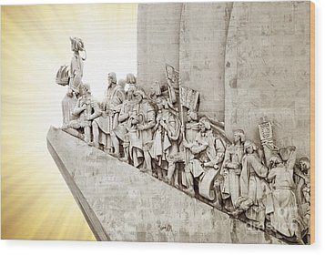 Monument To Discoveries Wood Print by Carlos Caetano
