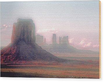 Monument Valley, Arizona, Usa Wood Print by Stefano Salvetti