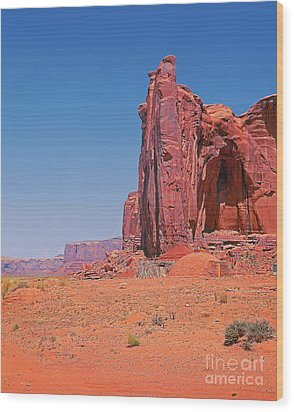 Monument Valley Elrphant Butte And Hogan Wood Print by Rich Walter