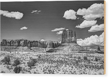 Monument Valley In Monochrome  Wood Print by Saija  Lehtonen