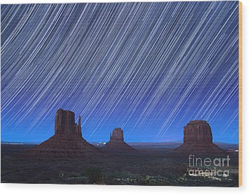 Monument Valley Star Trails 1 Wood Print by Jane Rix