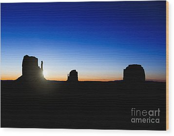 Monument Valley Sunrise Wood Print by Jane Rix