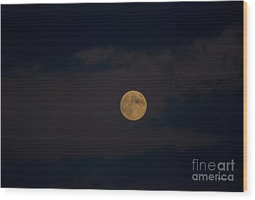Moon Rising 05 Wood Print by Thomas Woolworth