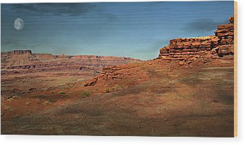 Moonrise On The Mesa Wood Print by Marty Koch