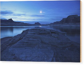 Moonrise Over West Canyon And Lake Wood Print by Michael Melford