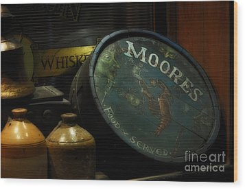Moore's Tavern After Closing Wood Print by Mary Machare