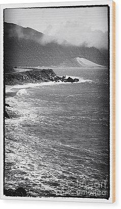 Morning Along The Coast Wood Print by John Rizzuto